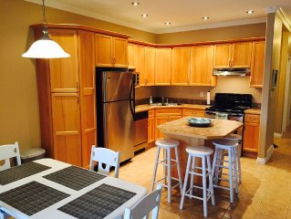 Perfect Location & Family Friendly: 3 Bedroom Condo Steps to Lake Okanagan