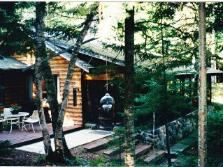Beautiful Family-friendly Lakefront Cottage On 2 Acres Of Birch And Pine Forest