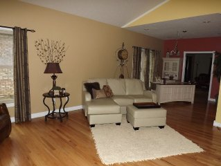 3 Bed/2 Bath Fabulous Private Back Yard Complete With Hot Tub And Yard Amenities