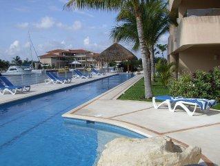 *** Beautiful Luxury Waterfront Villa in Puerto Aventuras!!!