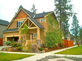 Cozy& Upscale Vacation Rental In Beautiful Bend