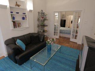 Delightful 1 Bedroom Apt. W/ French Glass Doors * $75 per day
