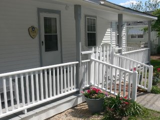 Swansboro Historic District 2BR/2 BA - Walk To The Water/Restaurants $450 - $799