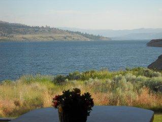 Lake House on the edge of Lake Roosevelt