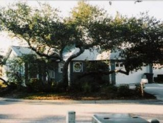 Pensacola-Furnished-One Level Home