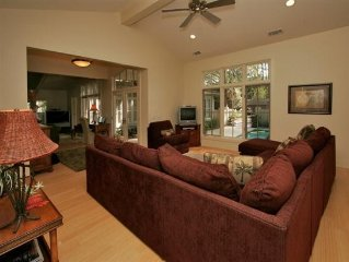 Luxury, Oceanside in Sea Pines, Largest Beaches on the Island, 4 Br Suites, Pool