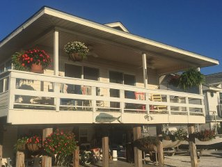Comfy Beachhouse . Spectacular gulf veiw. 7/29 to 10/6 reduced $ 100. Weekly ..