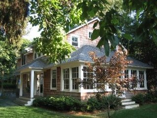 Sag Harbor/North Haven Retreat with heated pool - walk/bike to beach and village