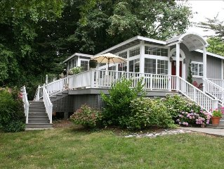 'River Gardens' Riverfront on Private, Fully Fenced 3/4 Acre