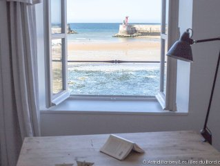 D-Day landing beaches, large house for 6 people in front of the sea