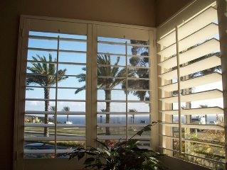Attractive Ocean View Condo, Pool, Jacuzzi, Beach access