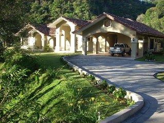 Valle Escondido Villa - Escape to the Cool Highlands of Boquete...