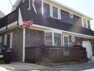 200 feet from the Sand, 3 Bedroom Dutch Colonial Beach House in Lavallette, NJ