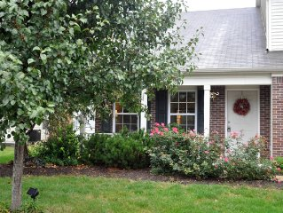 Beautiful, Spacious, Fully Stocked 5 Bedrm (sleeps 12)  --- Come Relax!
