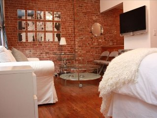 Ideal Midtown Studio Apartment in Townhouse. Great Location