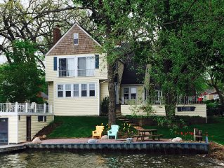 Beautiful Classic Lake House HOLIDAY SPECIAL RATES THRU JANUARY 1, 2020