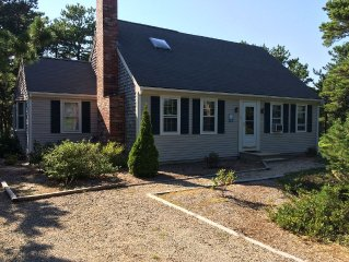 Great location! Comfortable Cape Near Beaches And Bike Trail