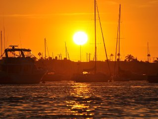 5 houses from the ocean, remodeled May 2015 / 2 nite min. stay during the winter