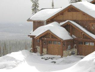 Rock Ridge: Slopeside Luxury Chalet, Ski in/Out, in Village!