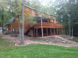 Multi-Family Or Couples Getaway at Raystown Lake