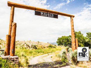 The Wilson Ranch: Gorgeous Cattle Ranch House in Gypsum Valley