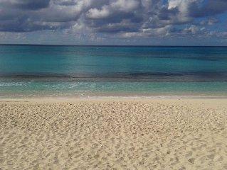Serene, Elegant Guest Villa Located On The Magnificent Osprey Beach
