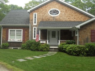 Newly built, lovely, spacious Hamptons house close to nature