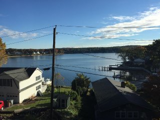 Family-friendly beach town cottage with breathtaking views of the Niantic River