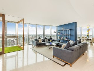 Stunning views Large Contemporary Central London Apartment 30th floor,