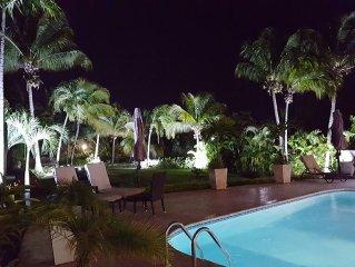 Wonderful  Villa Menu - Oversized Private Tropical Garden- Newly Remodeled
