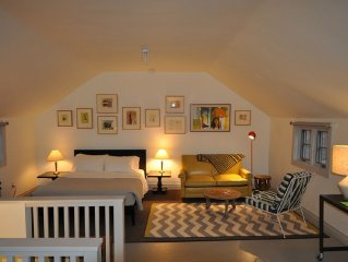 Cherry Alley Studio: Comfort, Style And Privacy, Heart Of Historic District