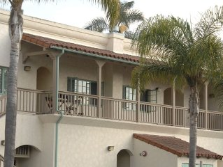 Newly Remodeled 1 Bedroom Apartment Within Walking Distance To The Beach