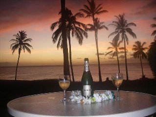 Newly Upgraded- One Bedroom Ocean Front Condo/Spectacular Sunset View
