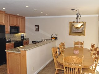 Squaw Valley 4 Bedroom Condo, Biking Distance Of The Village And Tahoe City