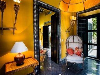 Enchanting 3 Room Duplex Casita With Roof Garden Deck In Centro Merida