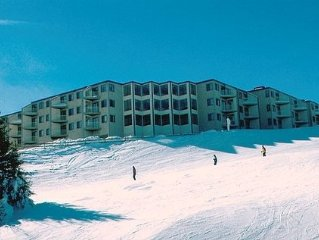 Save $$, 1 BR, Mountain Lodge,  Ski-in/Ski-out, Village  Deluxe, great reviews