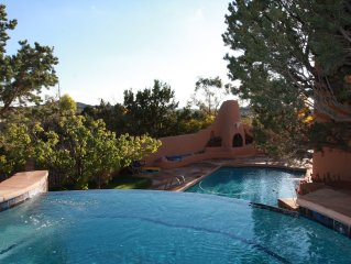Luxurious Eastside Estate, Swimming Pool, Spectacular Views, Canyon Rd