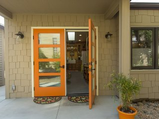 Dorothy's East End Pensione, New 1 Bd/1 Ba  Perfect For 1 or 2 Travelers/Guests