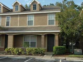 Central Pinellas Townhouse, Quiet And Perfectly Located