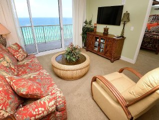 All the Comforts of Home in this Tastefully Decorated Beachfront Condo!