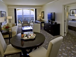 Fantastic View -  Oceanfront Condo in 5 Star Hotel - Walk to everything