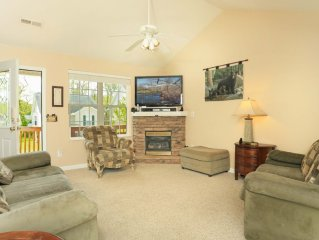 Half Mile From Parkway, 10 Minutes From Dollywood, 18 Minutes To Gatlinburg
