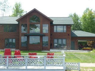 New! Custom Home with Private Pier on Castle Rock Lake
