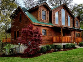 SPACIOUS CABIN IN GATED RESORT TWO MILES FROM FALL CREEK FALLS STATE PARK