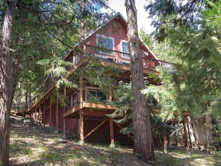 Great Winter rates! Nick's Cabin is Rustic luxury, 10min to Dodge Ridge & more!