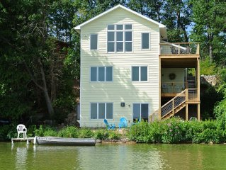 Custom beach home, sleeps 8, with attached appartment