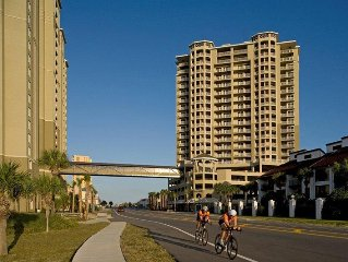 Grand Panama Resort - Gorgeous Beach Front - 15th Floor! Beach Service Included!