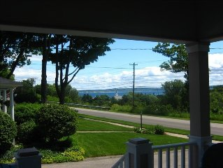 Walk to H.S. Beach, Shopping, Dining, View of Little Traverse Bay-Baby Friendly