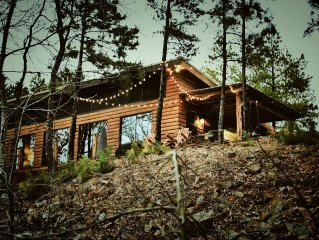 4 BR Mountain Cabin Getaway with Beautiful Views. Every 3rd Night is FREE!