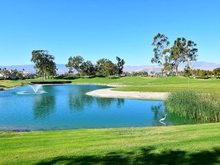Lake Front On The Golf Course !!! No taxes for stay of 27 nights or longer.
